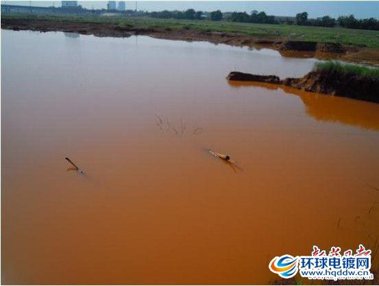 洺河被污染的河道